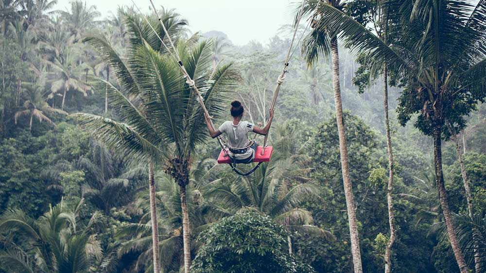 Rasakan Sensasi Yang Mendebarkan Saat Menaiki Jungle Swing