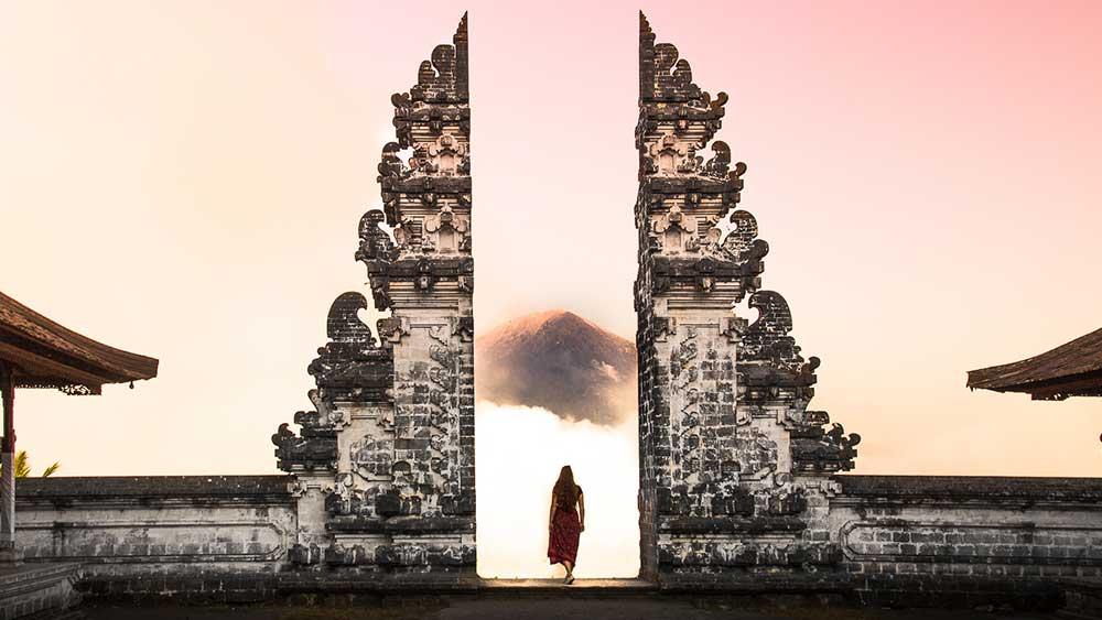 Mengunjungi Pura Lempuyang Yang Merupakan Salah Satu Spot Paling Instagrammable di Bali