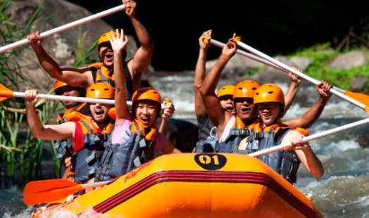 Mulailah Petualangan Yang Tak Terlupakan Saat Mengikuti Kegiatan Rafting di Sungai Ayung