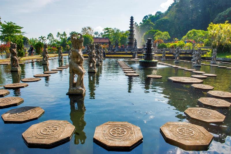 Menikmati Keindahan Taman Air Kerajaan Karangasem, Taman Tirta Gangga